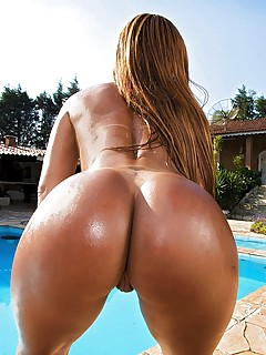 Big Brazilian Ass Pics